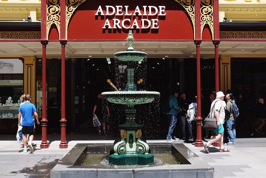 The Surprisingly Glamorous Past of the Rundle Mall Fountain