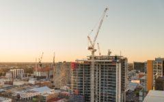 Adelaide skyline cranes (Photo: mastersky / Shutterstock.com)